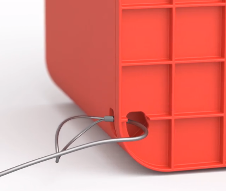 スマポのワイヤーを通す穴